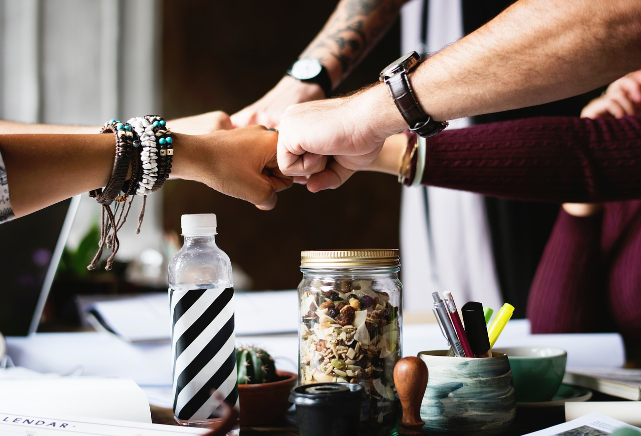 7 Crucial Reasons Why You Should Hire a Team Today